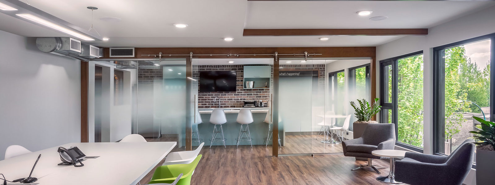 Commercial Interior Designs For Cutting-Edge Offices